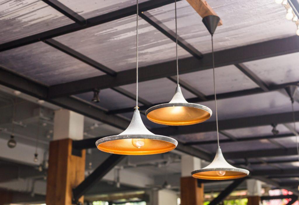 Designerskie lampy - czy warto je kupić?