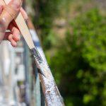Malowanie metalowej balustrady krok po kroku