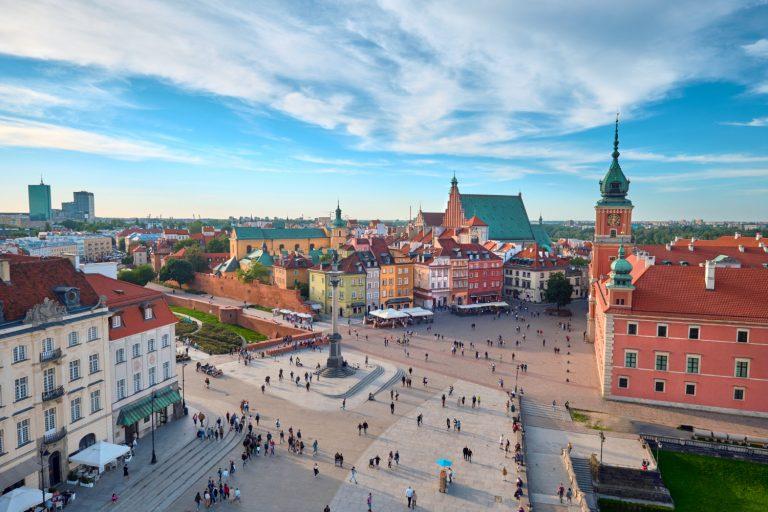 6 polskich miast, które warto odwiedzić latem