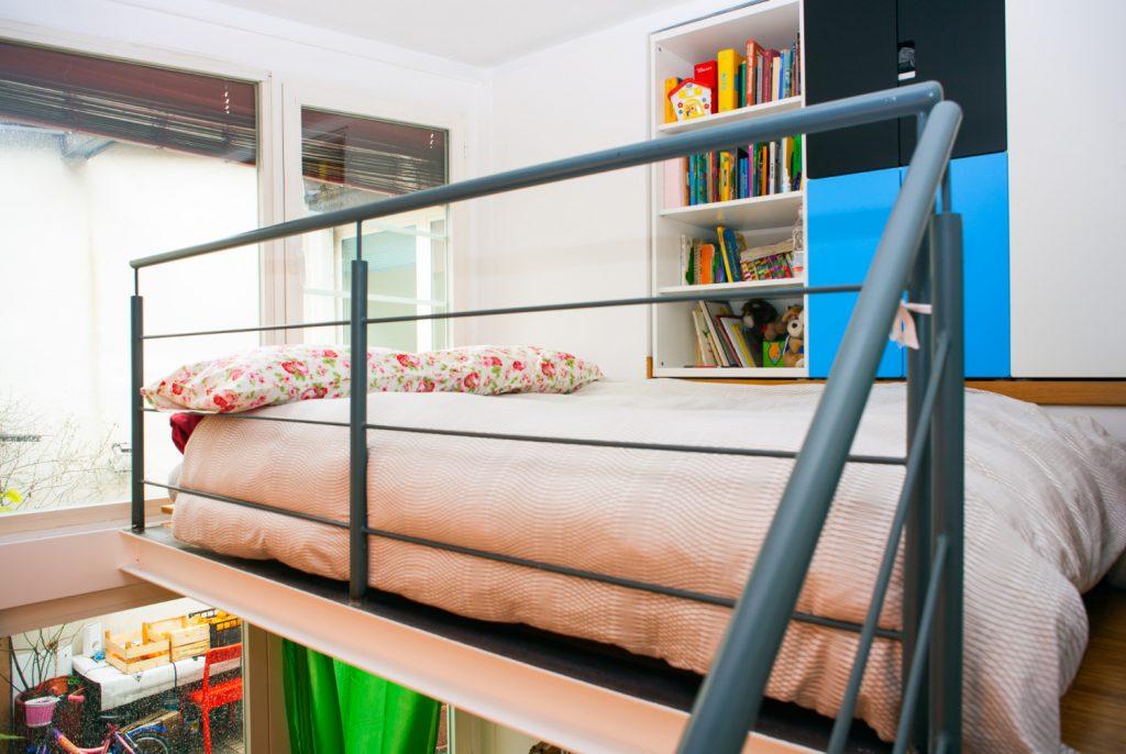 Inspiracje do urządzenia mieszkania z antresolą